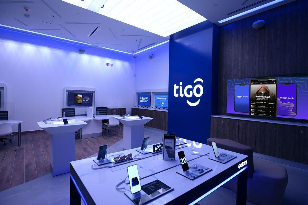 Tigo anuncia nuevo modelo de tienda con experiencia interactiva