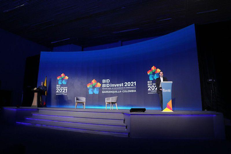 BID anuncia medidas para fortalecer inserción internacional de América Latina y Caribe